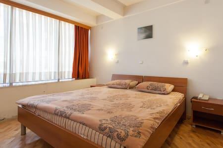 Diplomat - family room - Ohrid - Bed & Breakfast