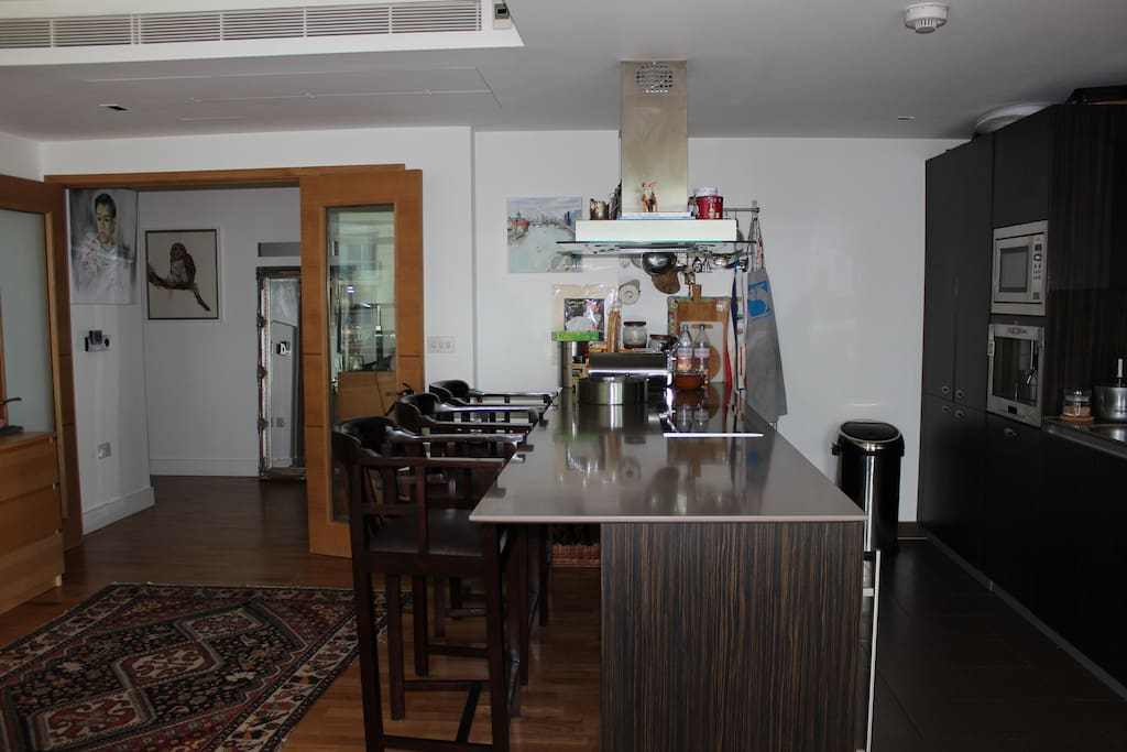 our open kitchen very nice to do appero