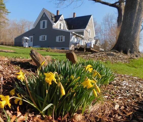 Rockland, Maine, 1870 New England Farm House