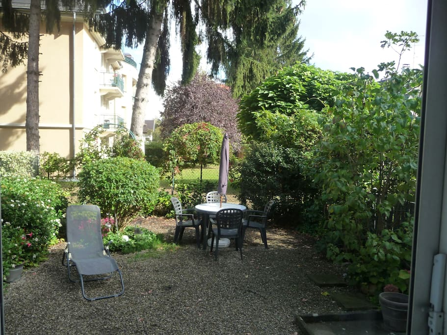 Chambre 15m2 duplex et jardin flats for rent in mulhouse for Chambre 15m2