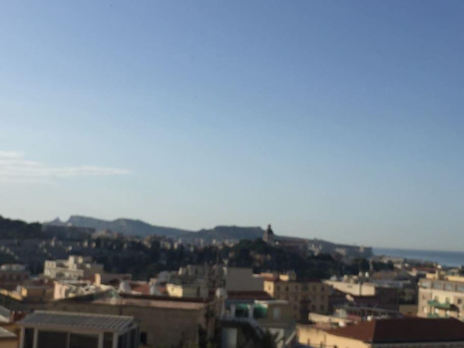 Panorama sulla Sella del Diavolo e la Chiesa di Bonaria