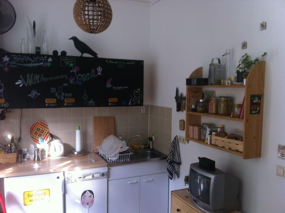 Big nice sunny Kitchen with TV