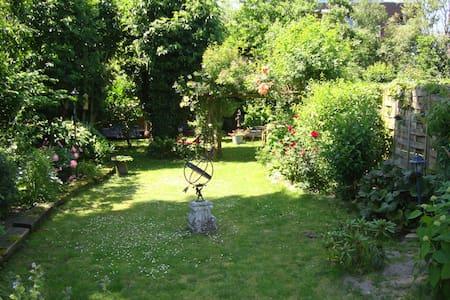 Tuinhuis `Het Waaljuweel!` - Druten - Blockhütte