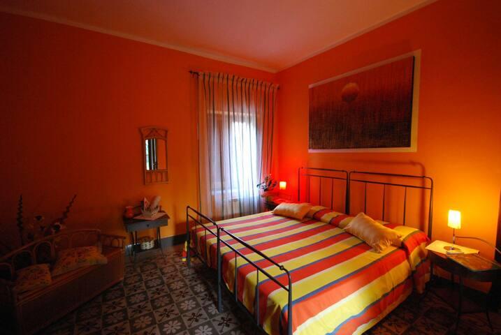 B&B Su Narboni Mannu Orange Room - ตัวลาดา - ที่พักพร้อมอาหารเช้า