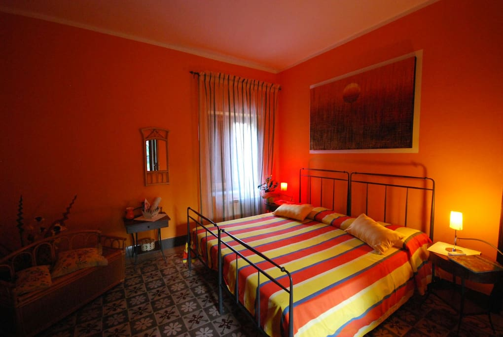 B b su narboni mannu iun e4247 orange room chambres d for Chambre hote orange
