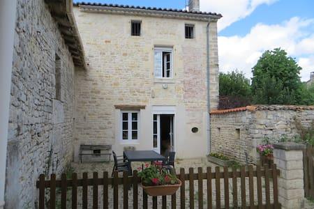 Maison 4 personnes Mansle Charente - Mansle