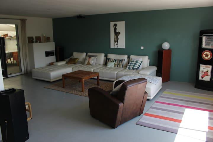 loft 220 m² 6p+2enfants - Mas-Grenier - Casa