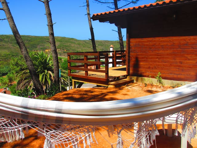 Woodenlodge with Sea&Landview - Carvoeira - Zomerhuis/Cottage