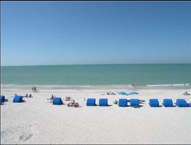 Love Gulf of Mexico across the street see photos! - Madeira Beach