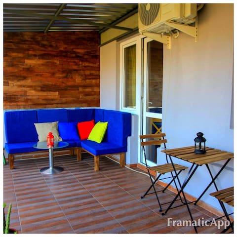GuestNest Terrace