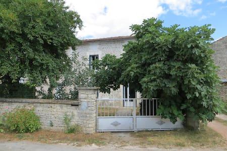Maison 6 personnes Mansle Charente - Mansle