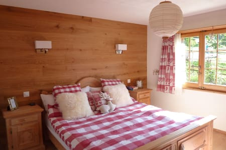 Stylish, mountain apartment - Saas - Lägenhet
