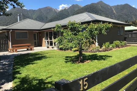 Fox Glacier Apartment