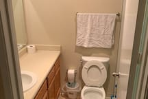 Private room with bathroom in Silicon Valley !