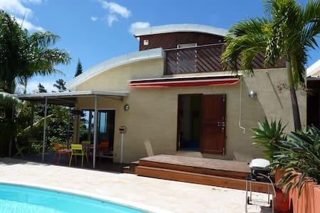 Villa de charme avec piscine - La Montagne - Villa