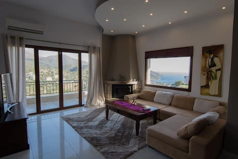 Sea view & mountain view 3 bedroom house