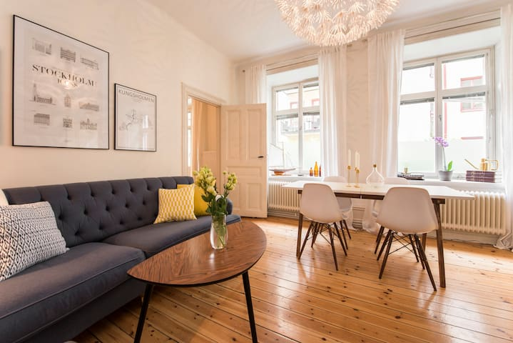 Newly renovated apartment from 1898 - Stockholm - Apartment