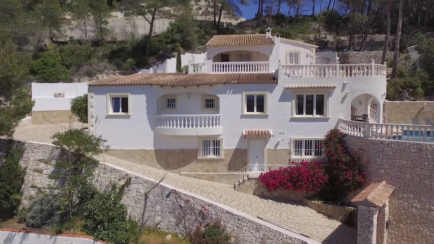 VillaGrintaMarco, villa with unique view, Moraira