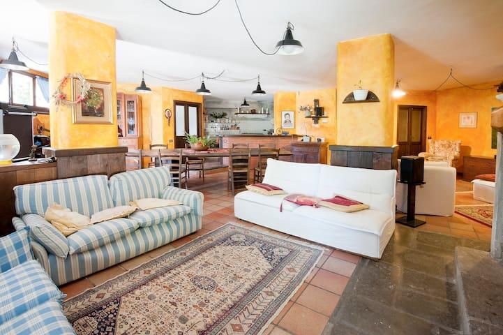 Your Home@ Cinque Terre & Lunigiana - Casa Borsi - บ้าน