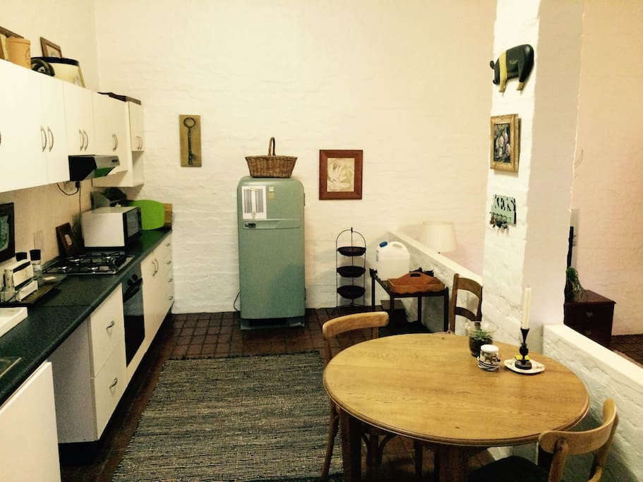 Fully-functional self-catering kitchen