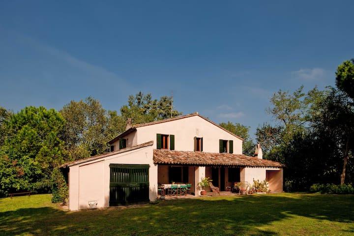 Villa San Nicola - Trebbiantico - Pesaro - House