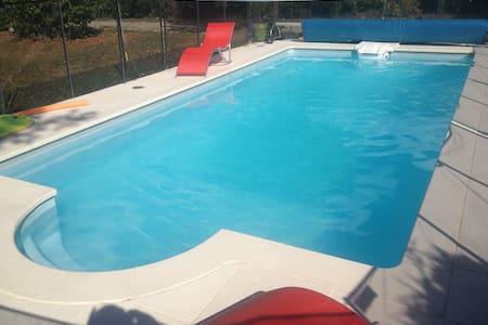Maison individuelle avec piscine - La Murette - Ev