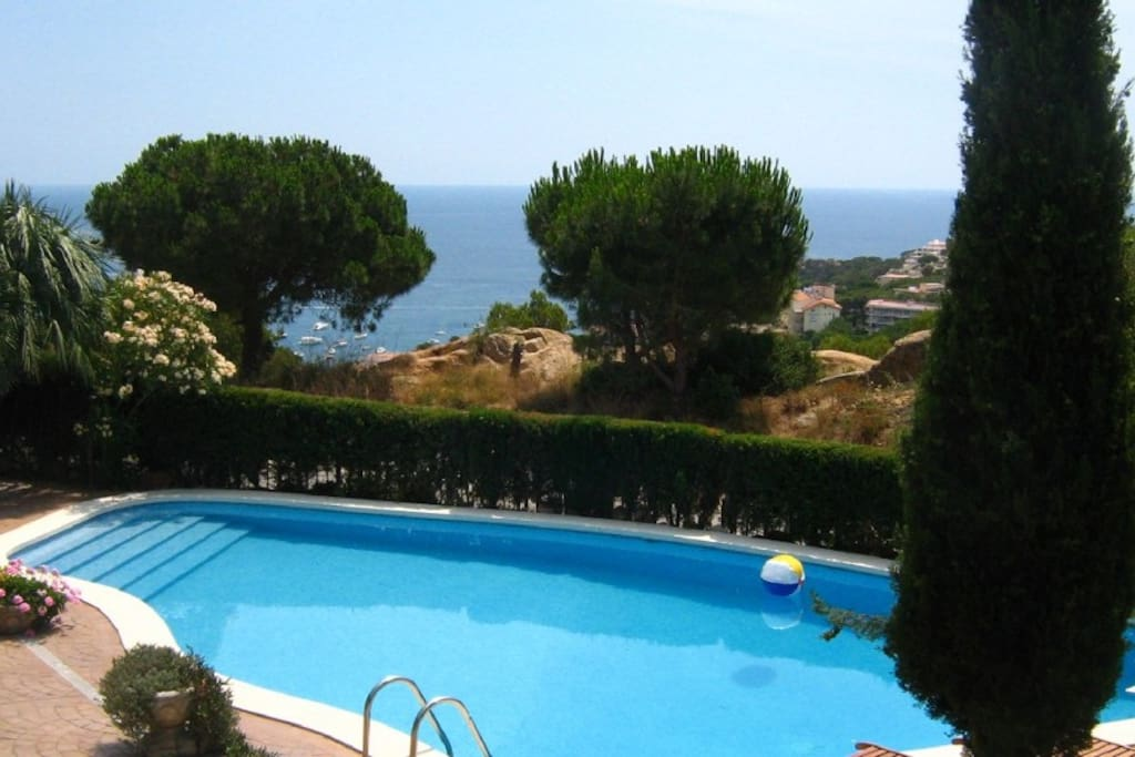 Big salt water heated pool or one of the most beautiful beaches anywhere in Europe - you decide..