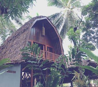 Lumbung House @ Cindewulung - Carita - Inap sarapan