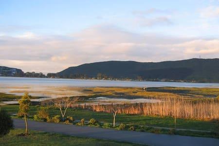 Safe Beautiful Marina/Bird Sanctuary, Best Views!! - Knysna - 아파트