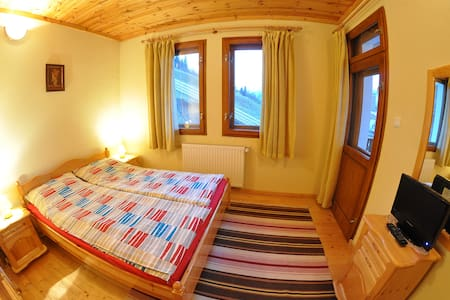 Eco House Double Room - Chepelare