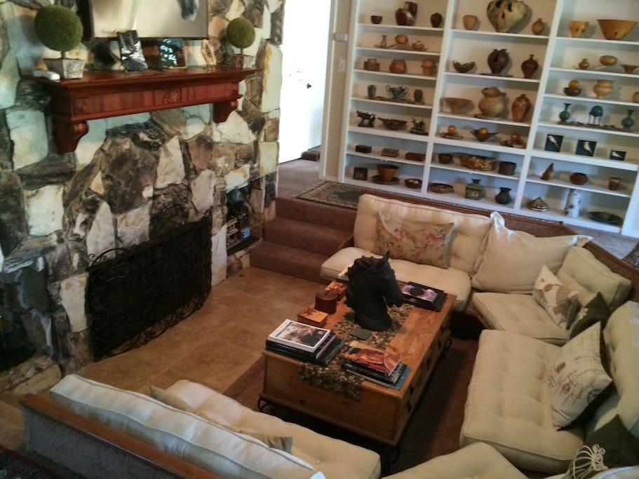 Cool Fireplace Lounge