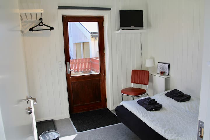 Private room No.6 next to the Nordic House
