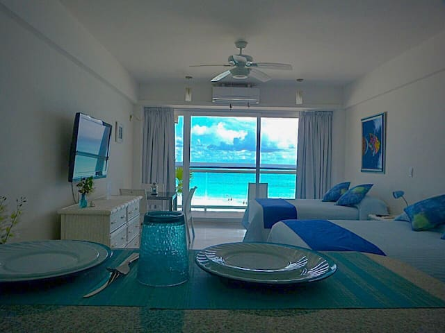 Lindo estudio con Beachfront  en Cancún Hotel Zone