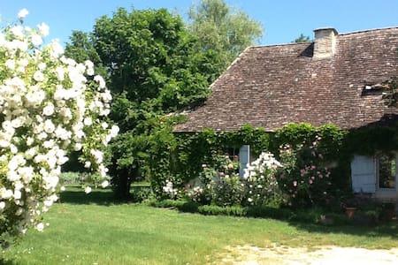 Maison du Périgord des bastides - Sainte-Sabine-Born - House - 1