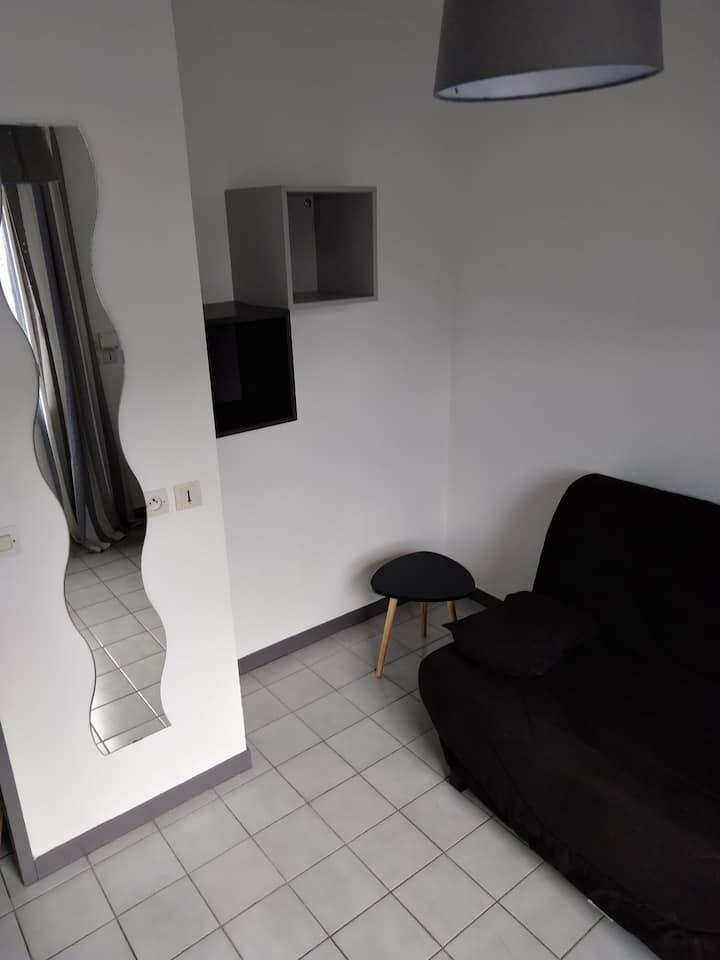 Petit Studio proche Gare