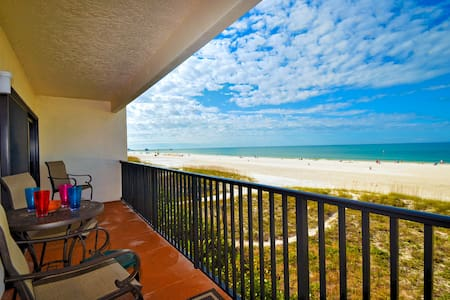 Surfside Condos 303, Clearwater Bea