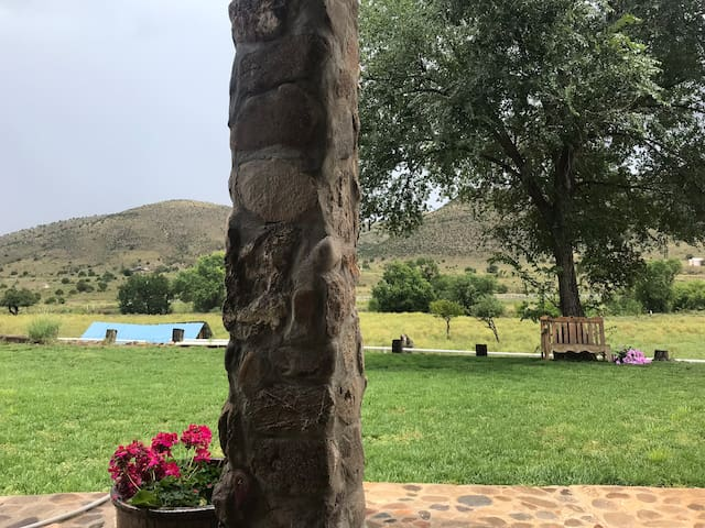 Stonehouse River Ranch