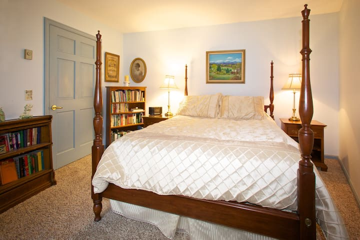 Comforable queen size bed in private bedroom in your own apartment.