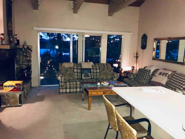 1 furnished bedroom in Tahoe City, close to Lake