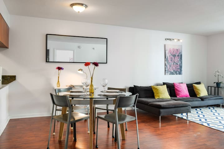 Brickell  1 Bedroom Following CLEANING Guidelines