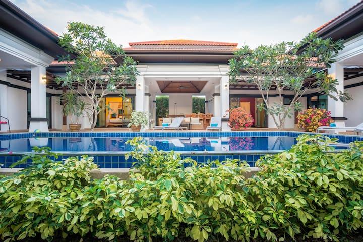 2 Br. Luxury Private Pool Villa Magnolia Bang Tao