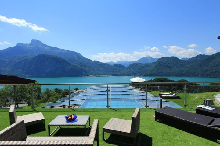 7. Apartment at an organic farm at Mondsee lake