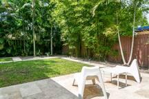 Bright Urban Retreat 3Bdr w Chill Tropical Garden