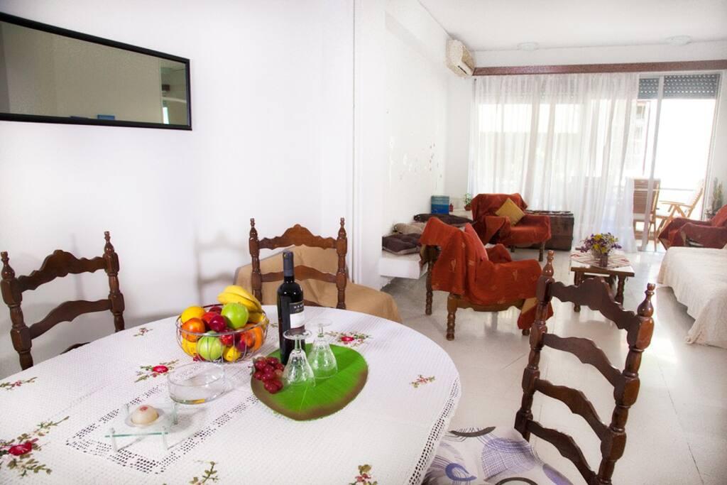 Dining-room// Living Room