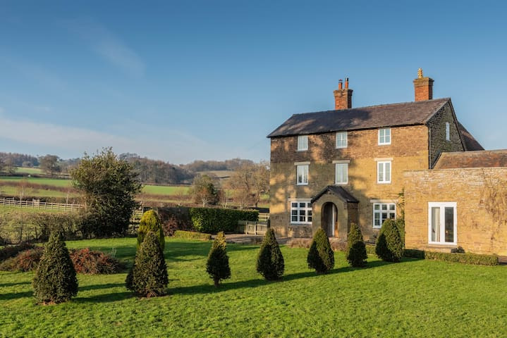 Charming farm house thats magical for all !!