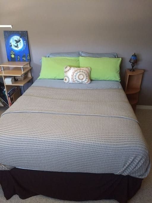 Full sized bed