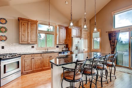 Beautiful 5 Level Luxury Lodge - Silverthorne