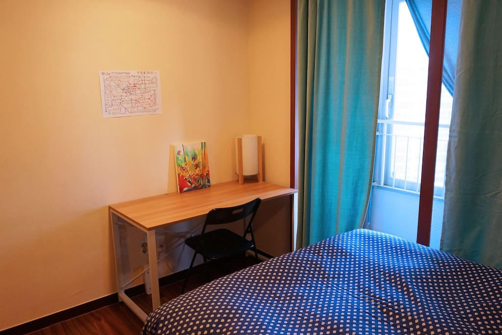 Private Guest Bedroom- with table and Seoul Metro map