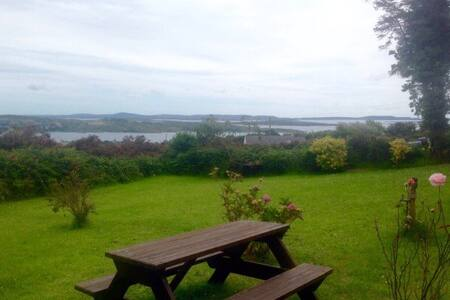 Rural Retreat Overlooking the Sea - Schull