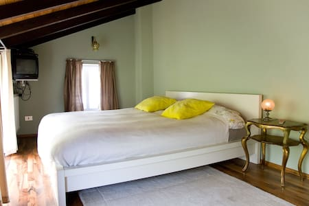 CASA DEL FILOSOFO - Borgomaro - House